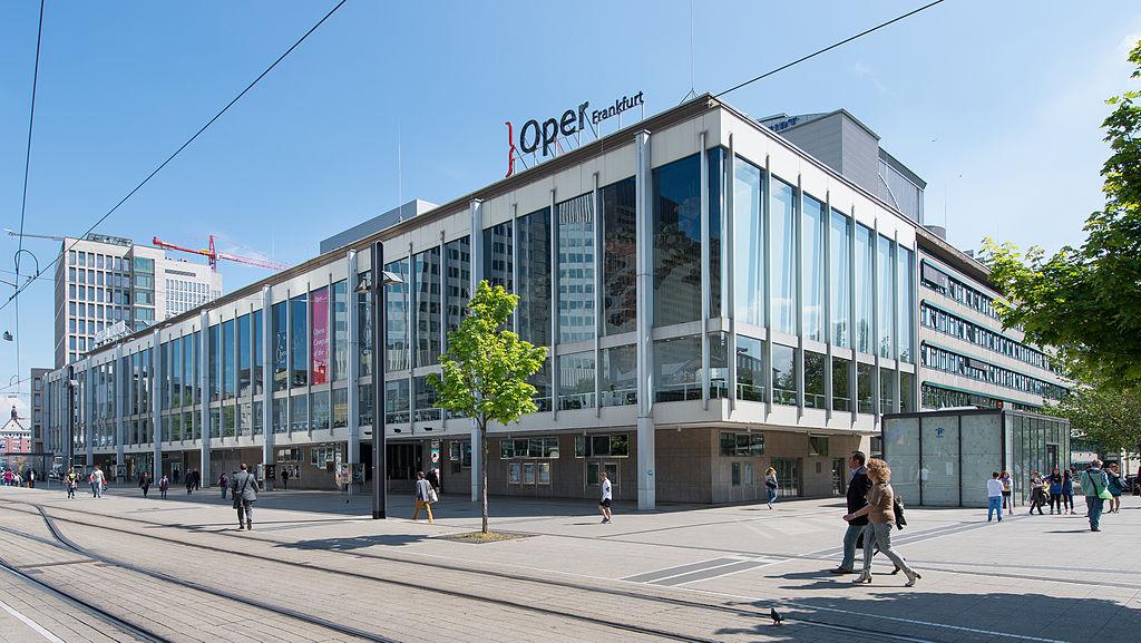 Die Städtischen Bühnen 2014. Bild: Wikimedia Commons, CC BY 3.0, Epizentrum >>>