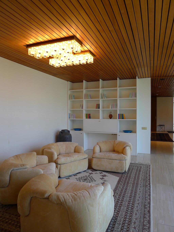 Das private Wohnzimmer der Kohls im Bonner Kanzlerbungalow (Bild: Ursula Baus)