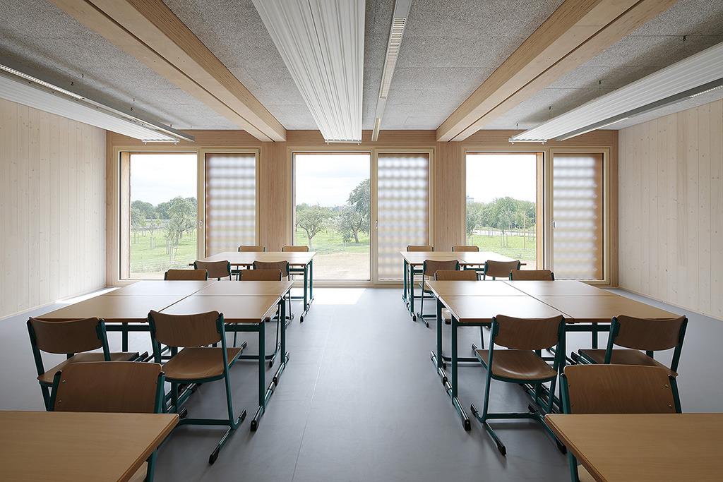 Projekt: Integrierte Gesamtschule Riedberg-Kalbach Frankfurt GU: Kaufmann Bausysteme Architekt: NKBAK - Nicole Kerstin Berganski / Andreas Krawczyk Ort: D-Frankfurt Datum: 2017/08