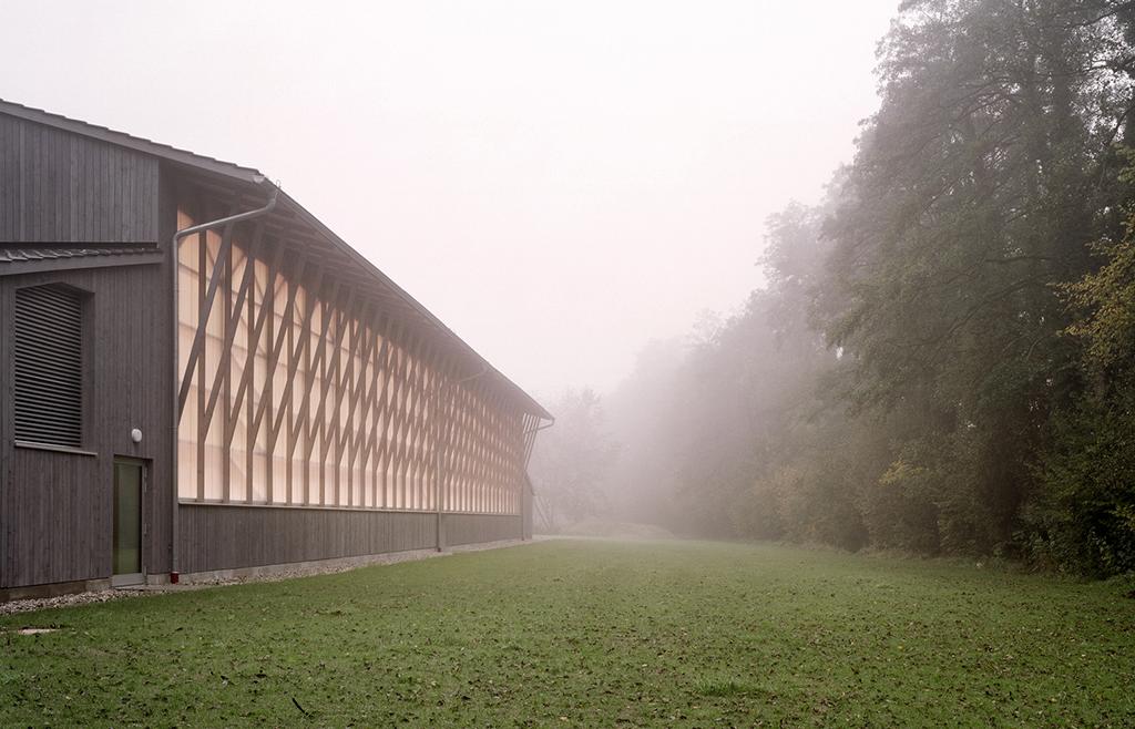 Turnhalle in Haiming. Architekten: Allmanai Fischer, München (Bild: Sebastian Schels)
