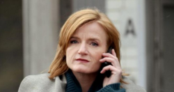 "Nina Petri als Architektin in einem ""Tatort"" 2010 (Bild: ARD)"