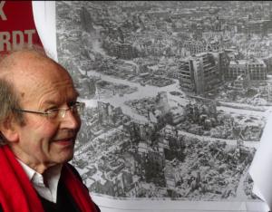 Die Geschichte seiner Heimatstadt zu erschließen und in die Öffentlichkeit zu tragen, war eines der wichtigsten Anliegen von Roland Ostertag. (Bild: stuttgart-wohin.de)