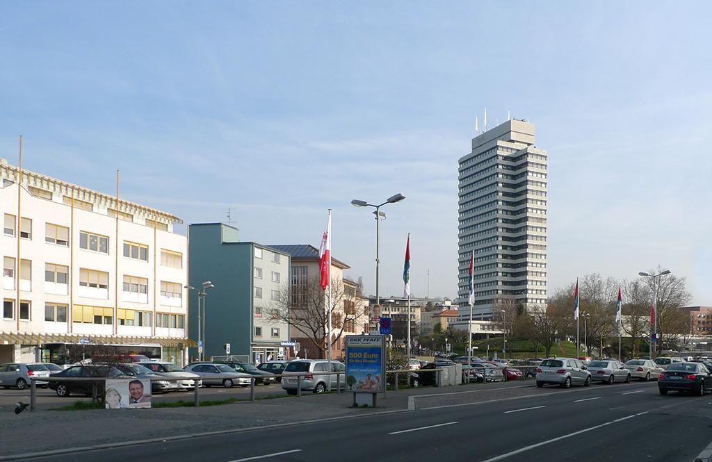 Das Rathaus in Kaiserslautern, 1960 von Roland Ostertag gebaut, steht inzwischen unter Denkmalschutz. (Bild: Wilfried Dechau)