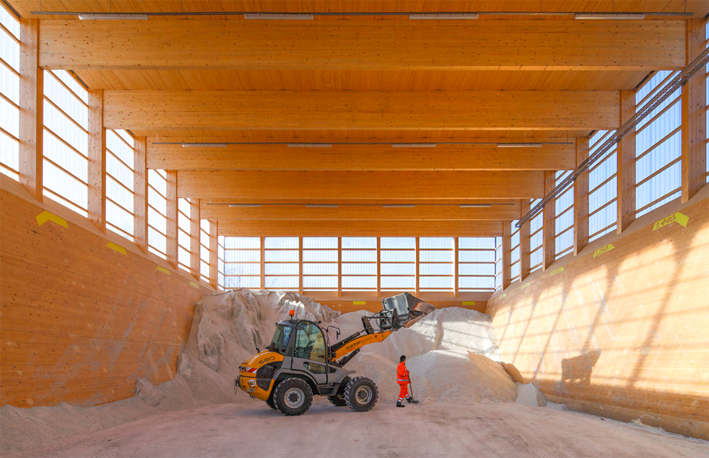 Salzlagerhalle in Geislingen (Tragwerksplaner: Furche Geiger Zimmermann, Architekten und Bild: vautz mang)