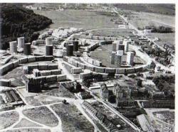 Luftaufnahme der Aillaud-Siedlung aus der Bauzeit (Bild: Courtesy Jean Helwig)