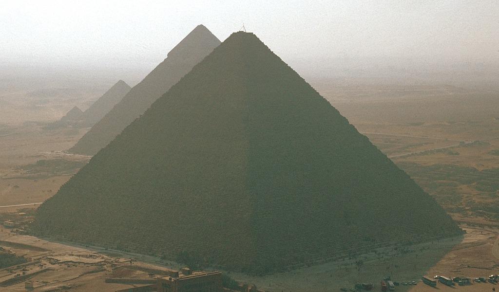 1912_KF_kerres_pyramide_05_© Marcello Bertinett