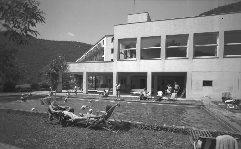 1914_AT_Holder_HadAlb_Schwimmbad