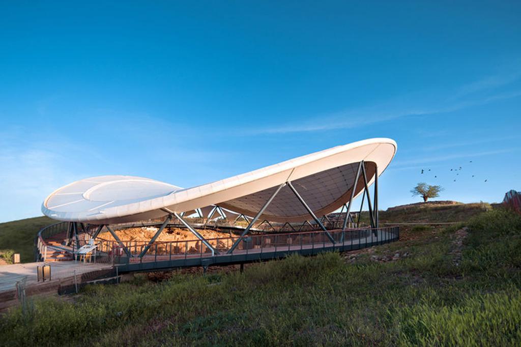 EiSat Ingenieure, Berlin, mit kleyer.koblitz.letzel.freivogel Architekten, Berlin, wurden mit dem Preis ausgezeichnet – für die Überdachung einer Ausgrabungsstätte im türkischen Göbekli Tepe (Bild: © Doğuş Group)