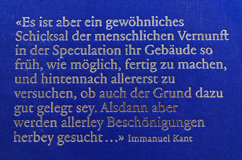 Kants Fesstellung trifft unsere Gegenwart ganz genau. (Buchumschlag, Rückseite)