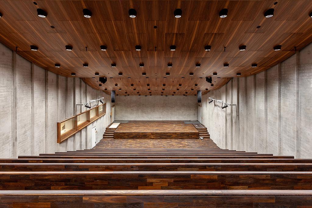 Das Auditorium der James-Simon-Galerie bietet Platz für rund 300 Gäste. (© BBR / SPK / Björn Schumann)
