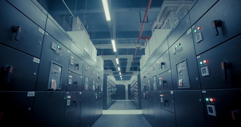 1946_AT_pexels_Server