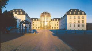 Saarbrücken: Das Schloss, gebaut von Johann Joachim Stengel Mitte des 18. Jahrhunderts, um gebaut von Gottfried Böhm (Bild: Saarbrücken Marketing)