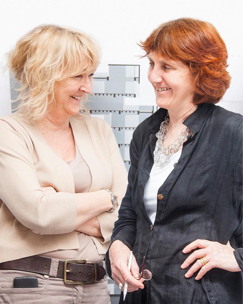 Soeben mit dem Pritzker Preis ausgezeichnet: Yvonne Farrell und Shelley McNamara (Bild: https://www.pritzkerprize.com/media-news)