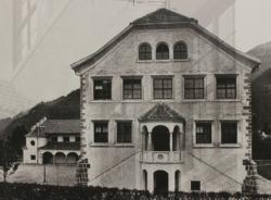 Schule in Lana, Aufnahme von 1922 (Bild:***)
