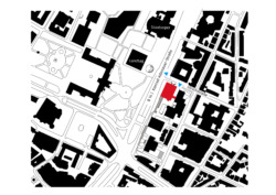 Lageplan an der B14; rot der Neubau, blaue Pfeile weisen die Fußgängerwege, die Punktlinie deutet den Fußgängerweg oberhalb der B14 an. (Bild: LRO, bearbeitet von Marlowes)