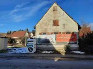 Nicht alle Gebäude sind um jeden Preis Erhaltungswürdig – was an deren Stelle tritt, sollte dann aber nicht nur den Investoren gefallen. (Bild: Daniel Andenmatten)