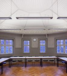 Großer Hörsaal im Erker zum Kreuzgang (Bild: Wilfried Dechau)