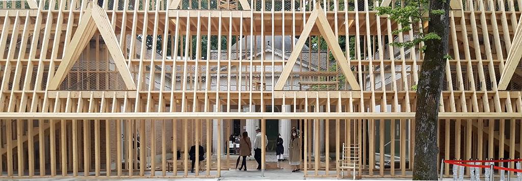 Meister der Holzskelettbauweisen: Pavillon der USA (Bild: Nikolaus Bernau)
