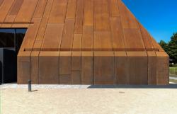Links der Einschnitt für die Tür (Bild_Wilfried Dechau)