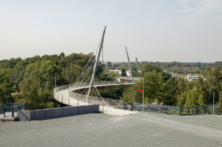 Bochum_Erzbahnschwinge_20040903_1988