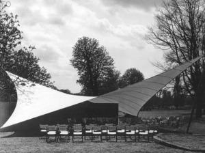 Frei Ottos Musikpavillon von 1955 (Bild***)